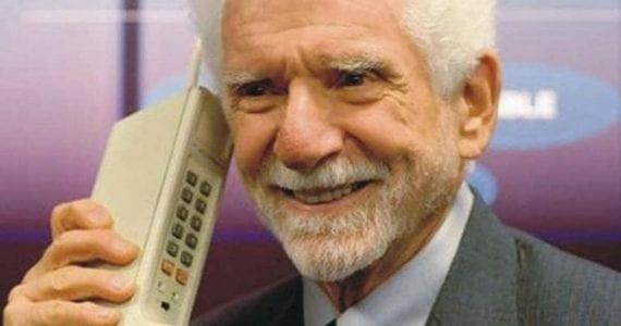 primul telefon mobil
