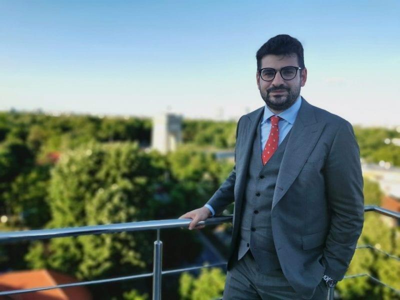 """""""România nu are nevoie de super eroi, ci de oameni care să se implice"""", de ce a ales avocatul Tudor Colțan să rămână un visător și să nu plece din țară"""