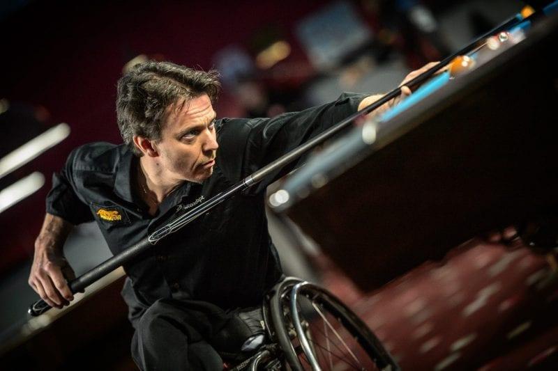 Lecții de viață de la un campion în scaun rulant: conduce o afacere, călătorește în toată lumea și crește singur doi copii