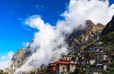 Cât costă o vacanță în Himalaya.