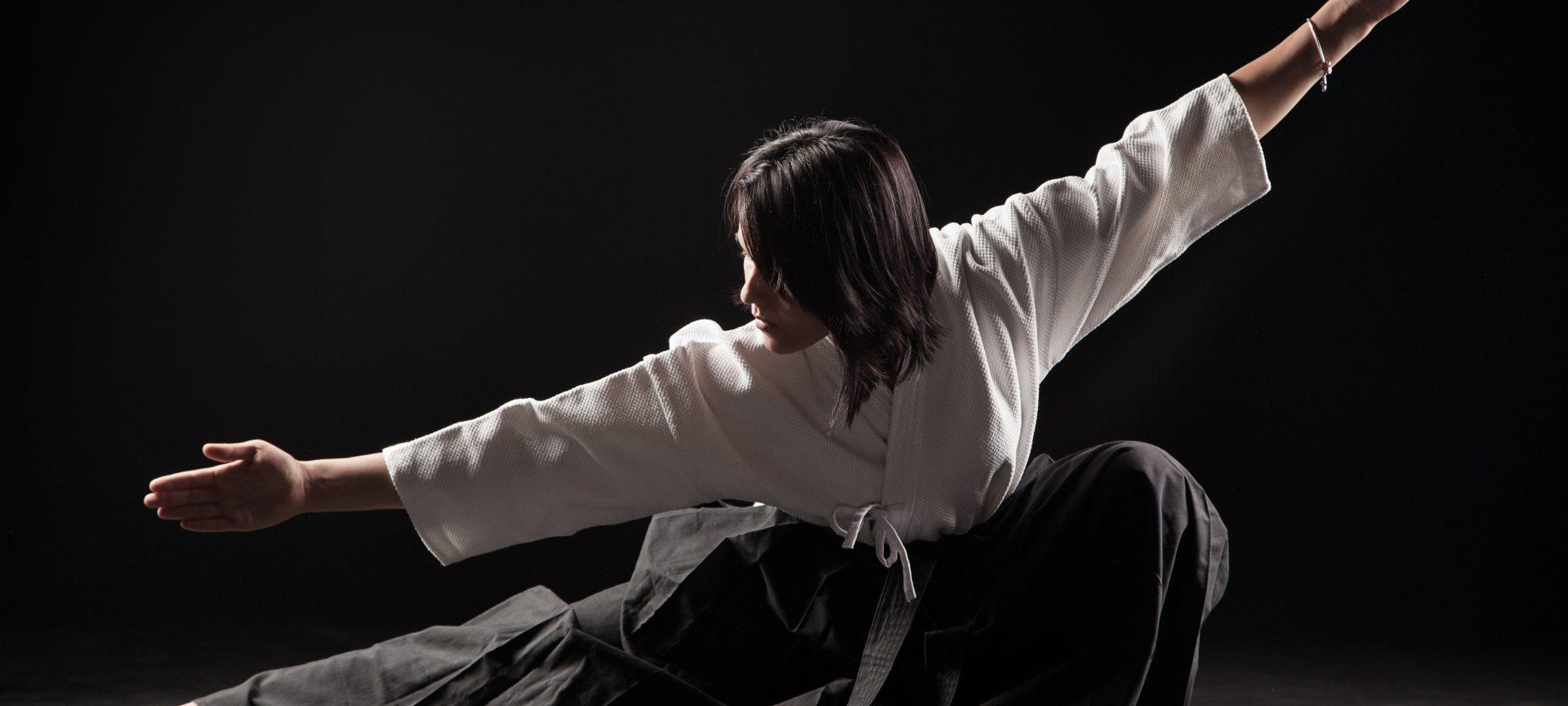 artele marțiale vă ajută să pierdeți în greutate)