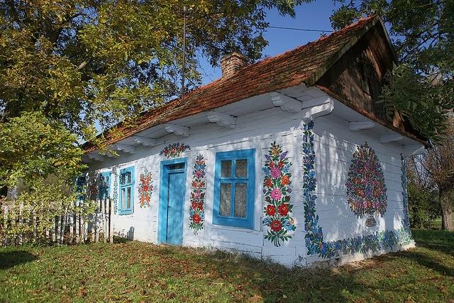 site de renume Cel mai bun disponibil Cum arată cel mai frumos sat din Polonia? Și de ce, în Zalipie ...