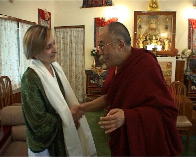 Irina Szasz, prima jurnalistă româncă ce l-a cunoscut pe Dalai Lama