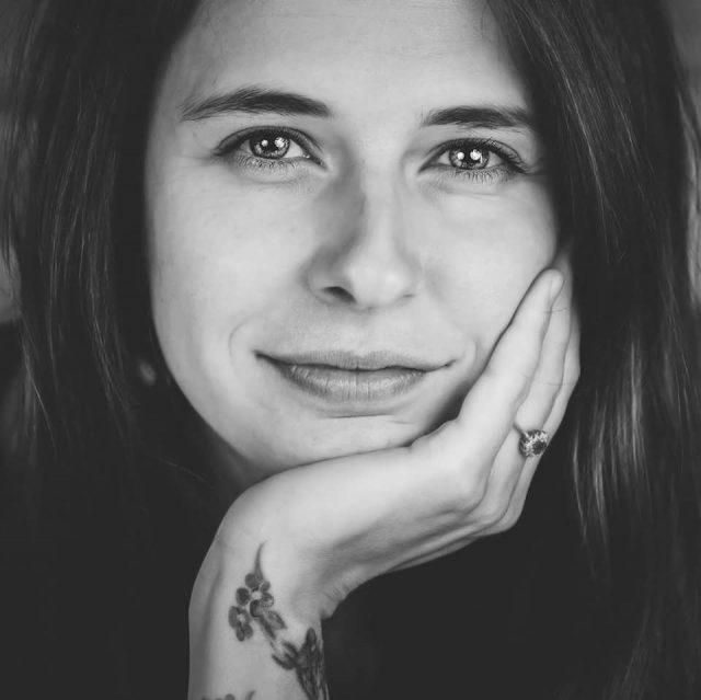 """Loredana Kaschovits, antreprenoare, coordonatoarea Asociației Luthelo: """"Dacă eu am reușit să plec cu un ghiozdan și doi copii mici de mână, nimic nu mă mai putea opri!"""""""