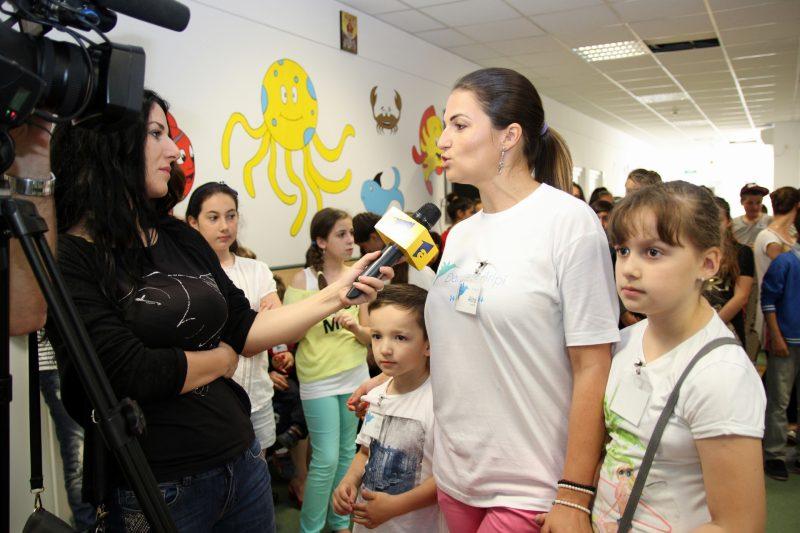 Alina Pătrăhău, Asociația Dăruiește aripi