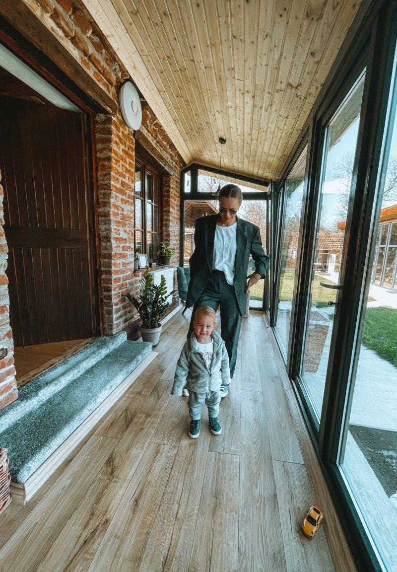 Rareș și Gabriela_Transylvania Log Cabins