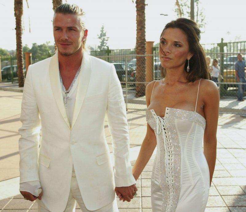 povestea de dragoste dintre Victoria și David Beckham