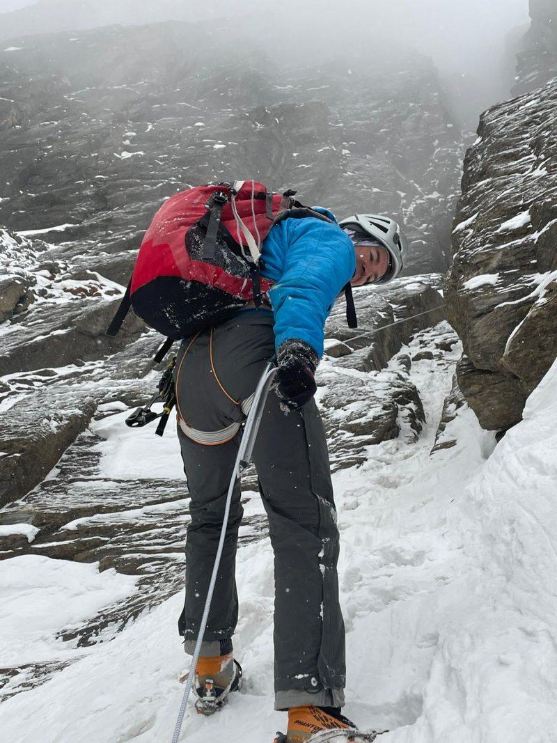 poți să pierzi greutatea cu alpinist)