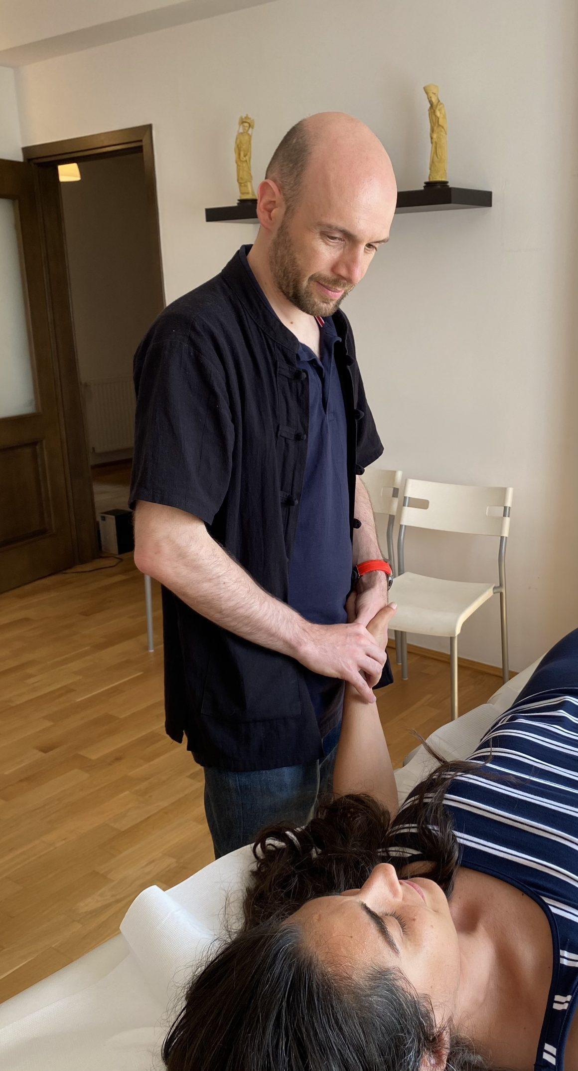 Octavian Sbârnă - diagnosticul pulsului în acupunctură