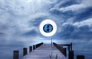 luna plina in pesti