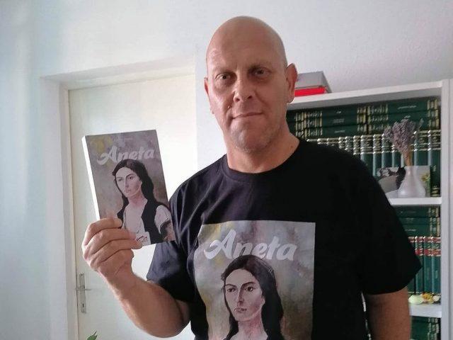 Lucian Domșa, bărbatul a cărui boală l-a transformat într-un scriitor extrem de apreciat. Sau cum gândurile care se adună în timpul unei ședințe de dializă au dat naștere romanului Aneta